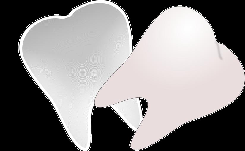 Śliczne zdrowe zęby oraz powalający uroczy uśmieszek to powód do płenego uśmiechu.