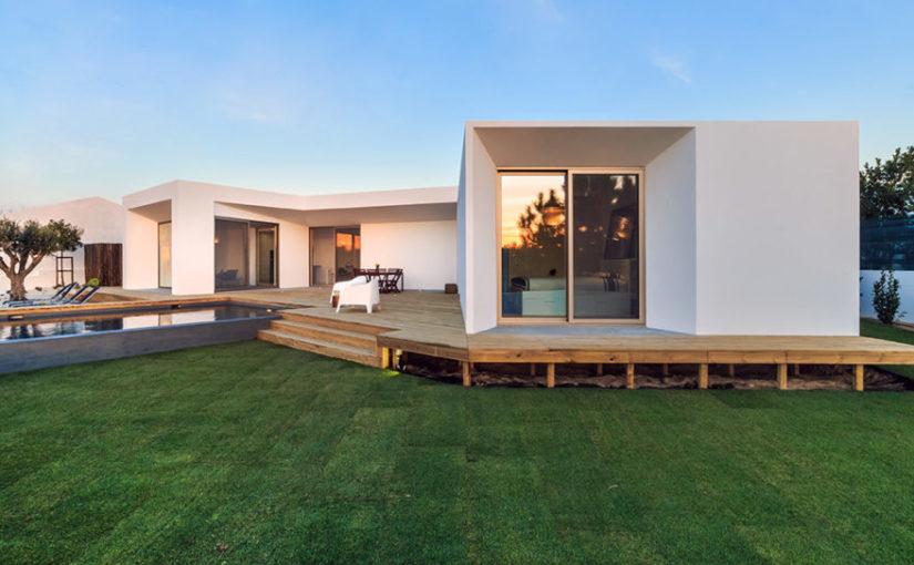 Czas budowy domu jest nie tylko wyjątkowy ale również ogromnie skomplikowany.