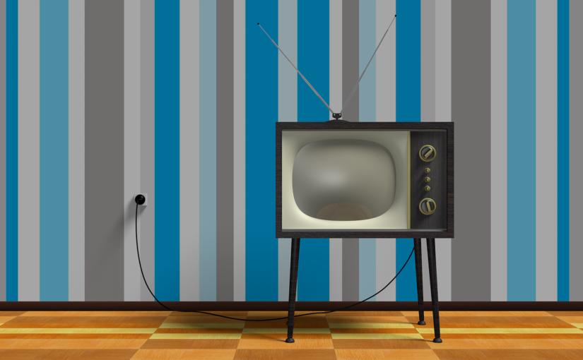 Wspólny odetchnięcie przed telewizorem, czy też niedzielne filmowe popołudnie, umila nam czas wolny oraz pozwala się zrelaksować.
